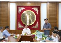 Lễ trao Quyết định nghỉ hưu theo chế độ đối với Vụ trưởng Vụ KHCNMT Từ Mạnh Lương